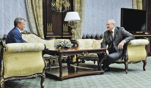 Лукашенко предложил сбербанку укрепляться вбелоруссии