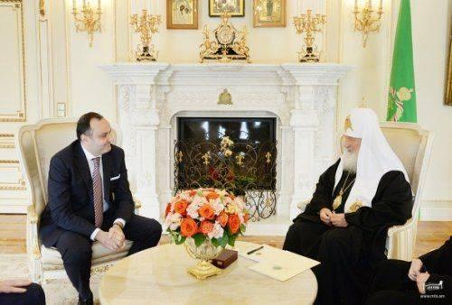 Посол армении вроссии провел встречу спатриархом кириллом